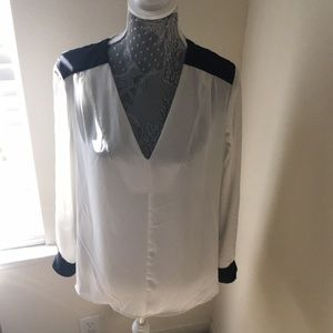 Pure Energy Tops - Black and white blouse